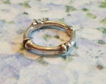 Vintage Sterling Silver Band Ring Bones Accessory Unique Goth Halloween Size 6