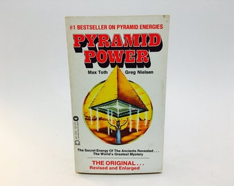 Vintage Non Fiction Book Pyramid Power by Max Toth & Greg Nielson 1976 Paperback