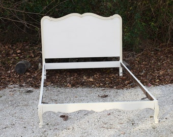 Antique Painted Bed Full Double White Cream Headboard Footboard Rails Annie Sloan Chalk Painted Shabby Chic French Provincial
