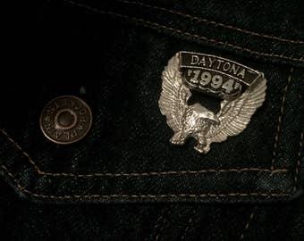 Vintage Daytona 94' metal eagle lapel pin