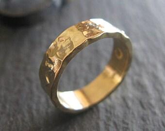 Handmade Wedding Band 18K Gold Wedding Ring Ladies Rustic Wedding Rings Vintage Wedding Band Unique Wedding Band 5mm Hammered Gold Hot Rox