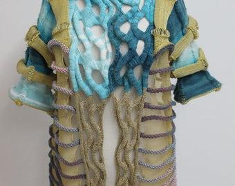 Top garment
