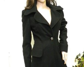 UNIQUE    Elegant  coat
