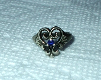 Sterling Silver Heart Ring Kabana KBN Antique Victorian Ornate Faceted Blue Sapphire Color Stone Filigree Heart Setting Vintage