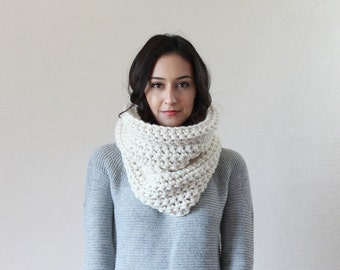 End of season SALE Textured Ribbed Chunky Cowl Scarf Thermal, Neckwarmer, Snood // The Lille - FISHERMAN