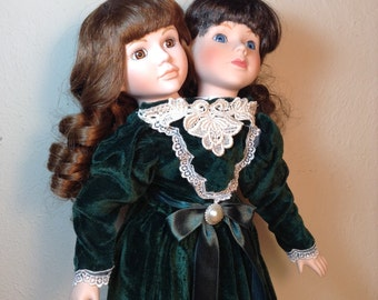 Siamese Twins in Green