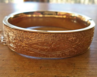 Wide Vintage Gold Filled Hinged Bangle Bracelet by WINARD 12K GF