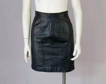 "80s Vintage Black Leather High-Waisted Short Skirt (XS, S Petite; 25"" Waist)"