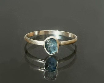Sapphire Ring - Blue Sapphire Raw Crystal Stack RIng  -  Recycled Silver Rough Sapphire  - Stackable Ring  - Made to Order