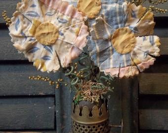 Trio of Small Prim Cutter Quilt Daisies/Sweet Annie in Antique Oil Lamp Part
