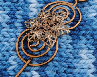 Filigree Flower Shawl Pin in Vintage Bronze