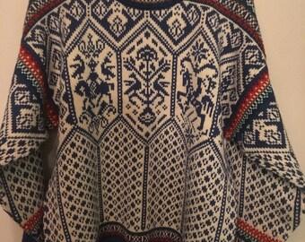 Vintage Norwegian wool sweater by Dale of Norway