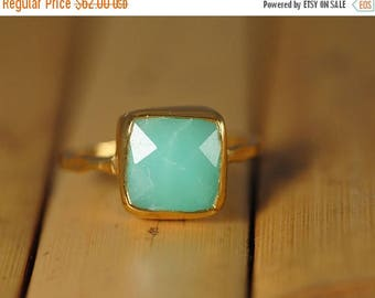 40 OFF - Mint Green Chrysoprase Ring Gold -  Cushion Cut Solitaire Ring - Stacking Ring - Gold Ring - Gift for Mom