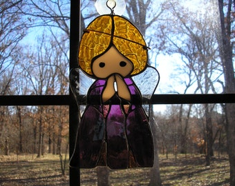 LT Stained glass, Angel, sun catcher, light catcher, praying, rosy/mauve dress, clear textured wings, my hand made in the USA, unique gift,