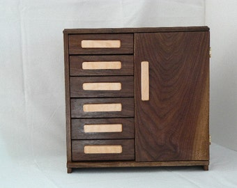 Jewelry Box - Handcrafted - Handmade - Sustainable  - Wooden Jewelry Chest -  handmade - Jewelry Storage – Jewelry Organizer - MVG