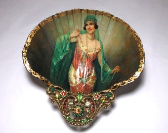 Jewelry Dish, Shell Dish,  Show Girl, Gypsy,  Ring Dish