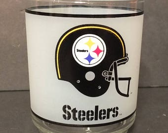 NFL Pittsburgh Steelers Glass Mobil Gas Station Promo Glasses