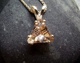 Genuine Morganite (Pink Beryl) Faceted Trillion Solitaire Necklace  - 925 Sterling Silver Boxlink Chain - Unique Faceted AAA Untreated Stone