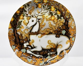 Enchanted Forest - Reindeer - Decorators Plate - Collectors - Holiday - Department 56