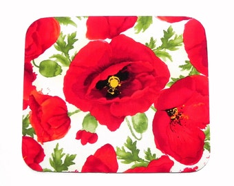 Mouse Pad - Fabric mousepad - Red, green and cream poppy - Home office / computer / Electronic