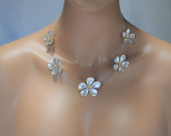 SALE - Flower Necklace, Silver metal flower Necklace, Flower and silver wire Necklace, Gift for her, short necklace, Everyday use