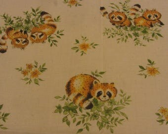 "Vintage Juvenile Print Fabric Raccoon Print Muslin 21"""