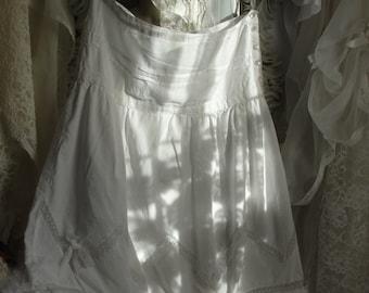 Vintage white lace skirt, gypsy, shabby chic, mori girl, romantic french chic, prairie girl