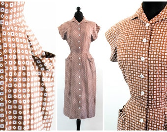 Vintage 1950s dress . Tea Cake .  50s brown cotton day dress . 1950s day dress with pockets . Taller Modes