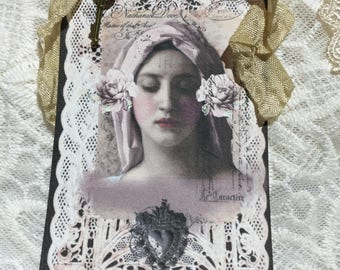 Virgin Mary With Hanging Key XL Gift Tag Set, Collectables, Notecards, Gift Items