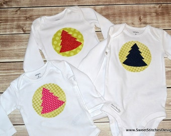 Christmas Tree Onesie Baby Christmas Outfit Baby Christmas Shirt Holiday Outfit Baby Gift - Christmas Appliqué Pink Red or Navy Blue