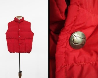 Vintage Woolrich Puffy Red Vest Down Insulated Ski Vest Snap Outerwear - Size Large
