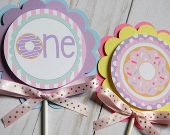 Donut Birthday Party Personalized Centerpiece Sticks, Donut Party Decorations, Donut Centerpieces, Donut Centerpiece Sticks, Set of 3