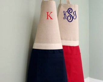 Mommy and Me Aprons, Monogrammed Mommy and Me Apron Set, Personalized Apron Set, Matching Mommy Apron, Twinning With Mommy Set