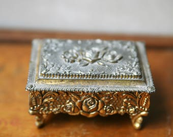 Vintage Music Box, Jewelry Music Box, Vintage Jewelry Musical Wind Up Box, Made in Japan, Floral Jewelry Box by Sankyo
