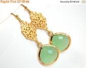 SALE Green Mint Earrings, Glass Earrings, Drop, Dangle, Gold Earrings, Wedding Jewelry, Bridesmaid Earrings, Bridesmaid Gift
