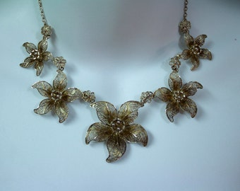 c1950's Filigree Silver Graduated Flowers Necklace, Topazio Filigee Silver Necklace