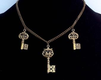 Key charm Necklace Vintage Crown Key Necklace