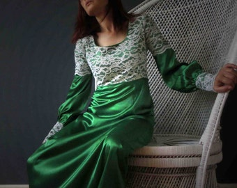 70s Emerald Green White Lace Prairie Boho Maxi Dress Small
