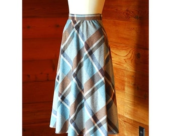 20% OFF FALL SALE / vintange blue and brown plaid wool skirt / size xs small
