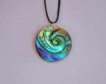 Moana style koru ocean ~ New Zealand Paua Shell pendant~ with Maori engraving