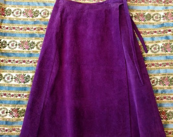 1970s Purple Suede Skirt Wrap style 26 waist Small