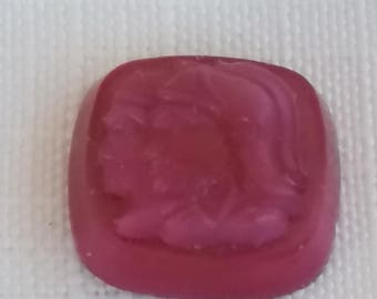 1940s ROSE PINK opal Antique glass cameo warriors 15mm cabochon (1)