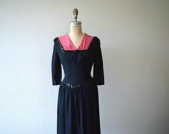 Vintage 1940s dress . WWII era dress . 40s dress