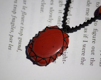 Red Jasper Macrame necklace - Stone for empowerment