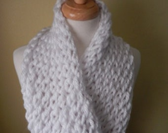 Womens Scarf Hand Knitted Scarf Cowl Winter Fashion Accessories Women Infinity Scarf Chunky Scarf in White - Choose color