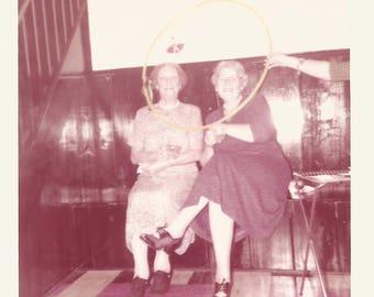 "Vintage Snapshot ""Hula Hoop"" Disembodied Hand Cute Grandmothers Kodacolor Found Vernacular Photo"