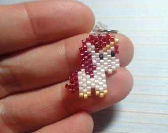 Unicorn charm, beaded unicorn, unicorn keychain, beaded keychain, beaded charm, brick stitch charm, beaded necklace, peyote stitch, unicorn