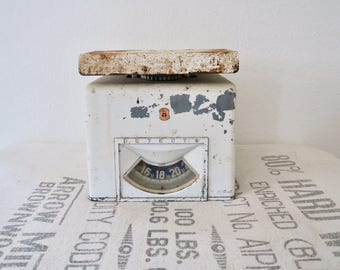 Vintage White Rustic Detecto Art Deco Kitchen Scale