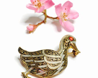 Vintage Damascene Duck  BROOCH, Gold Tone, collectors gifts, item no B225