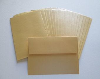 DESTASH >> Gold envelopes stationary, snail mail